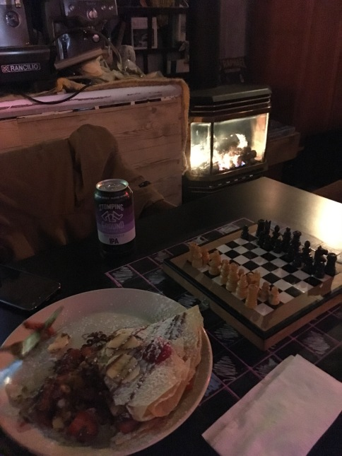 Crepe, Fire & Chess